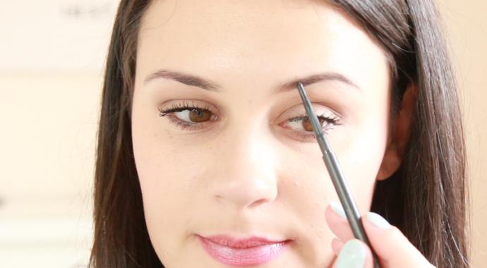 Connu Quelle forme de sourcils selon la forme de visage ? DG88