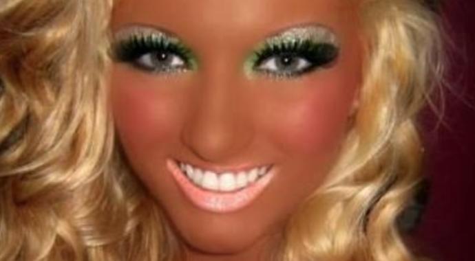 Les 30 pires erreurs maquillage viter - Maquillage annee 30 ...