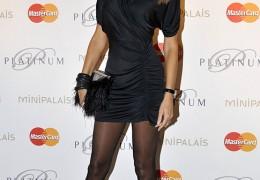 adriana-karembeu http-::people.plurielles.fr:diaporamas:top-sexy-elles-ont-des-jambes-de-reve-6243201-402