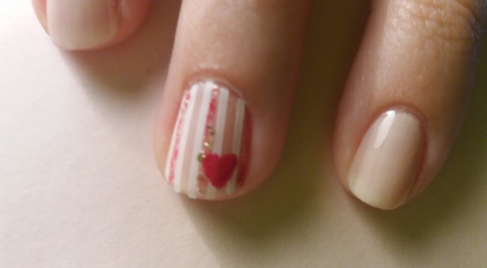 nail art coeur saint valentin