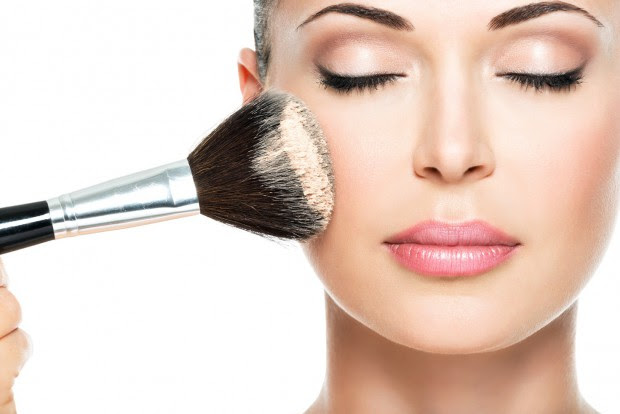 Comment faire tenir son maquillage - Comment ranger son maquillage ...