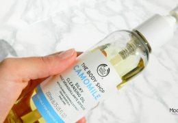 Se démaquiller avec l'huile soyeuse The Body Shop 1
