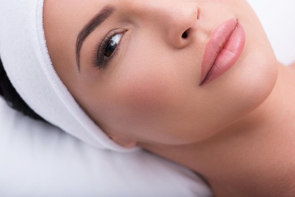 Tout savoir sur le maquillage permanent des sourcils